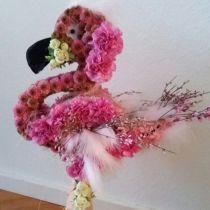 Blomstret skumfigur flamingo 70cm x 35cm